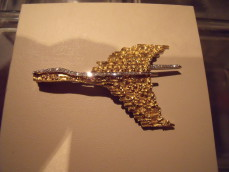 Braque gold and diamond bird brooch