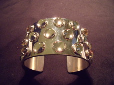 "Lalique, silver bangle ""Mossi"""