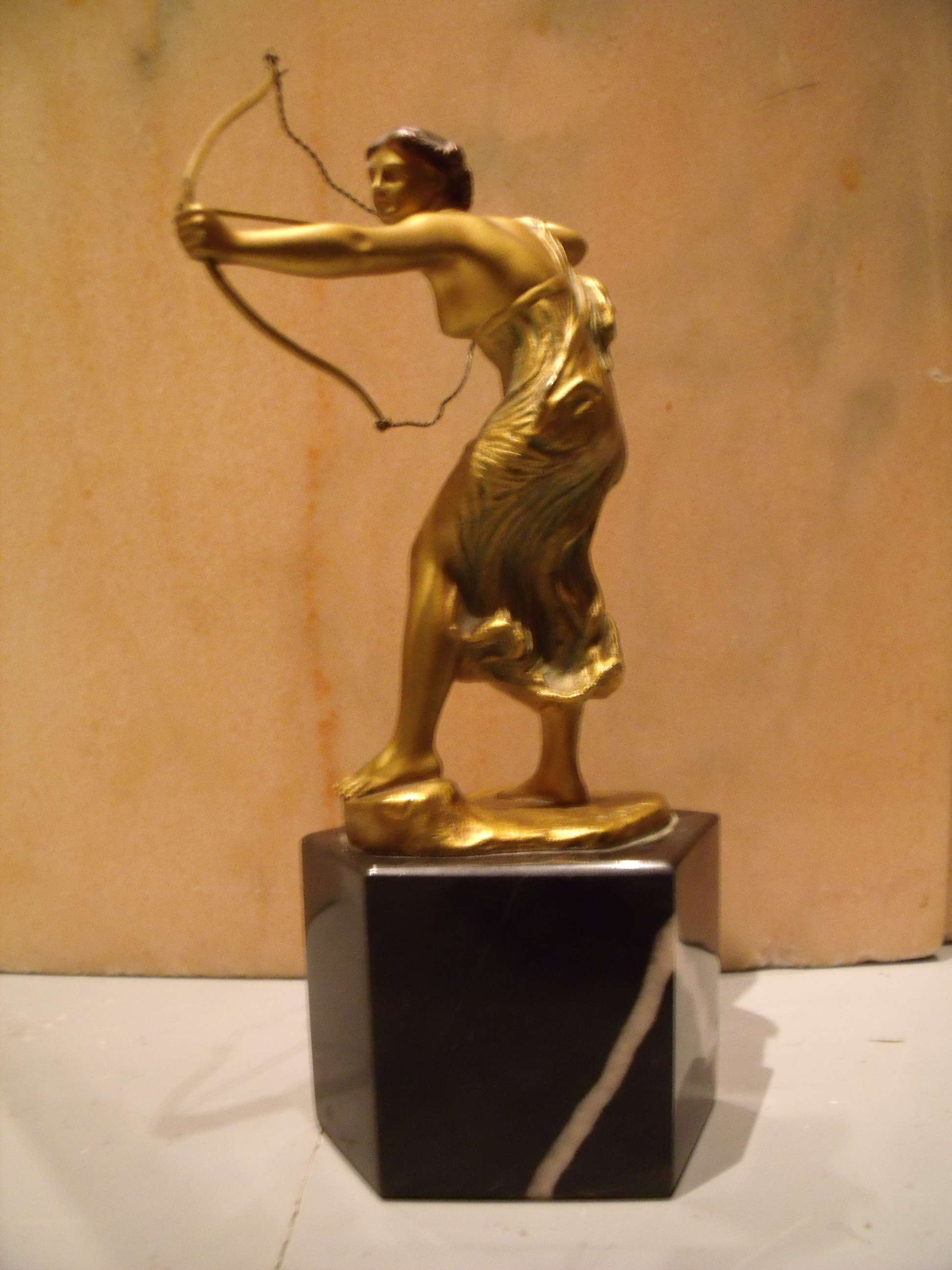 morin art deco bronze of an archer angry agent. Black Bedroom Furniture Sets. Home Design Ideas