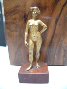 An erotic Wiener Bronze