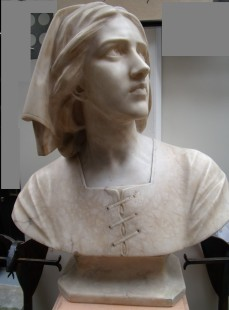 Jean d'Arc large marble bust